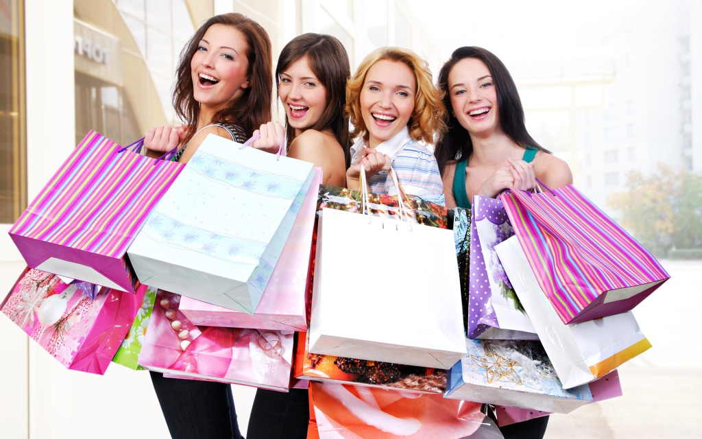 Shopping Smart In Utah's Gift Shops: Handbags, Footwear, and More