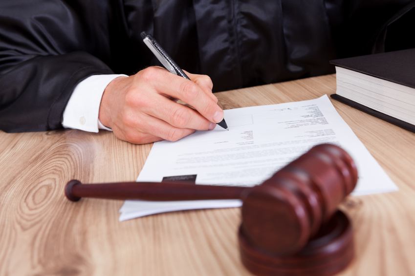 Criminal Defense Lawyer Toronto For Any Charge