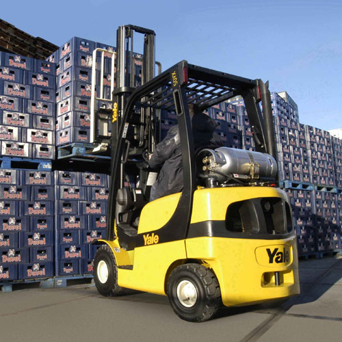 Rent Forklift and Get Many Benefits