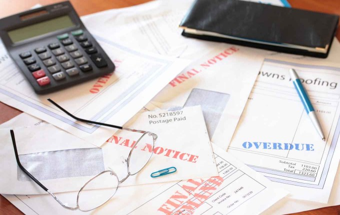 How To Establish and Maintain Good Credit Without Debt