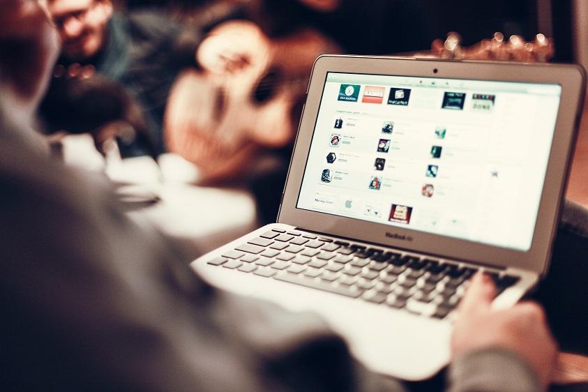 6 Easy Ways To Earn Money Online