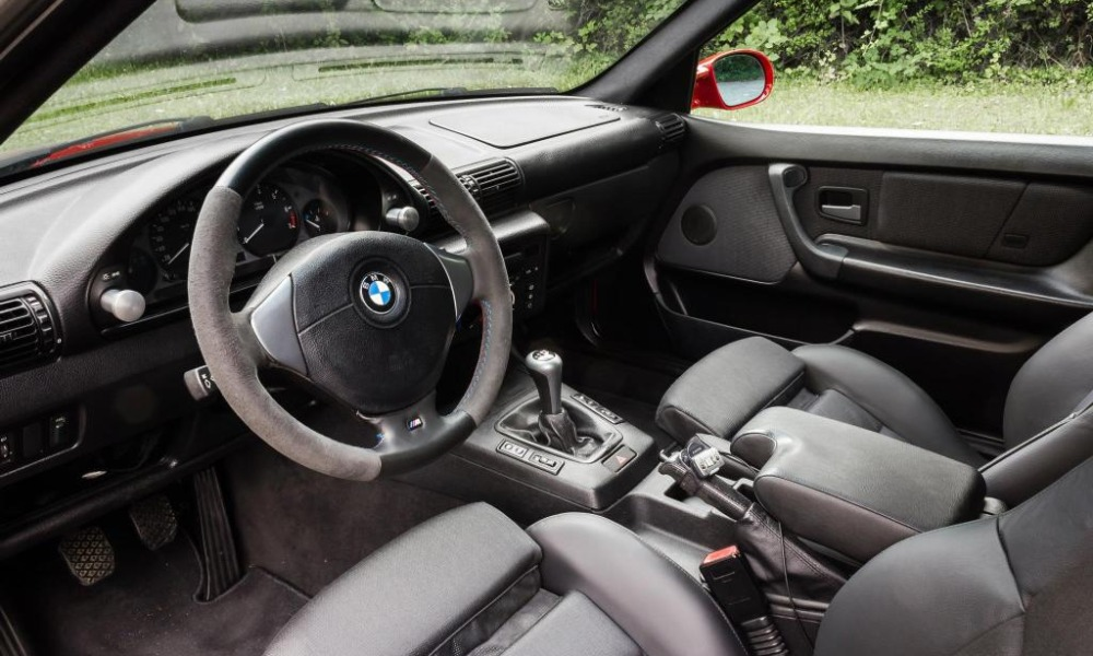 How To Refurbish Your Leather Steering Wheel