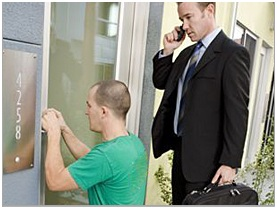 Important Things To Consider While Choosing A Commercial Locksmith