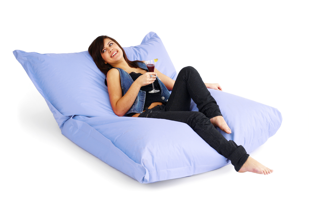 DIY-Home-Idea-How-to-Do-Your-Own-Beanbag-Chair-02