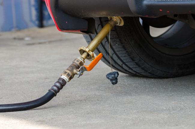 Car fill up LPG at gas station