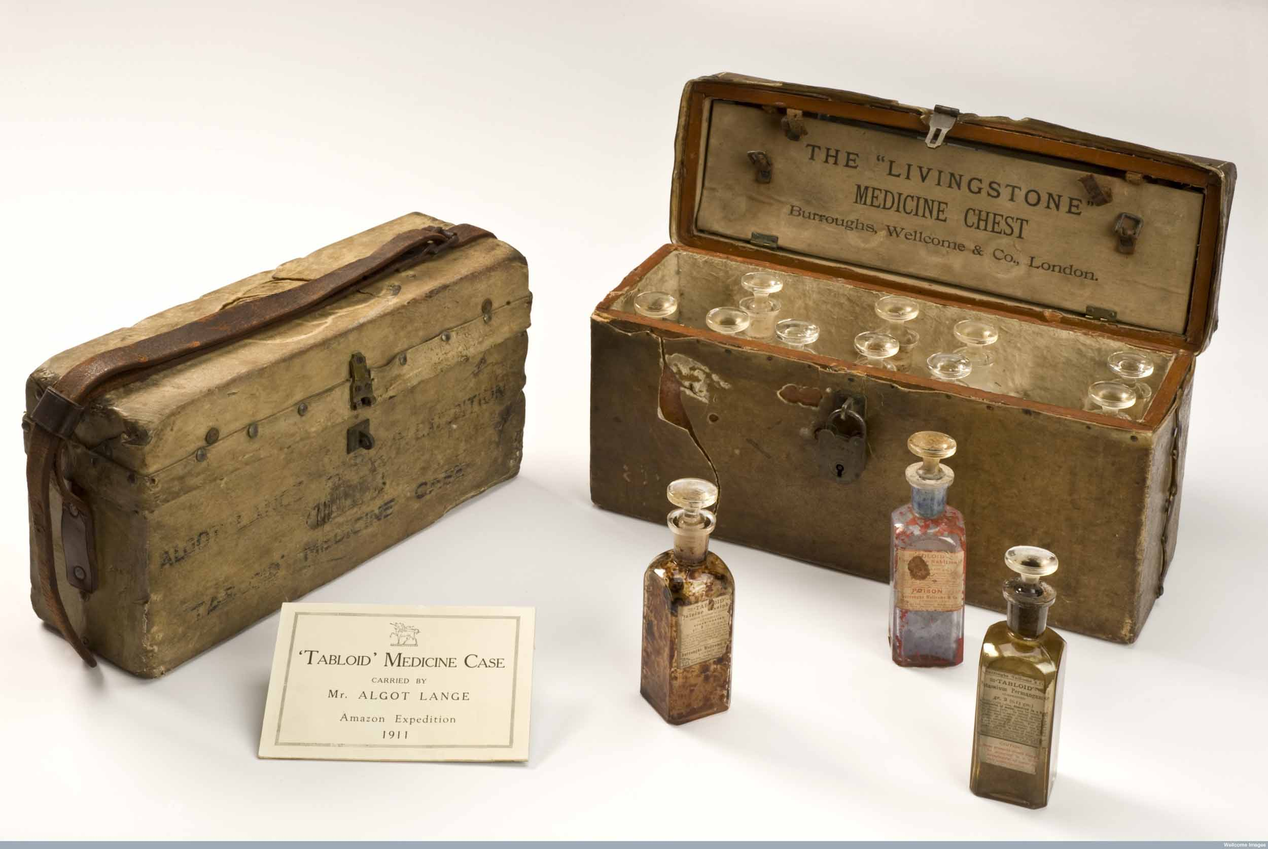 L0059114 'Livingstone' medicine chest covered in cow hide, England, 1