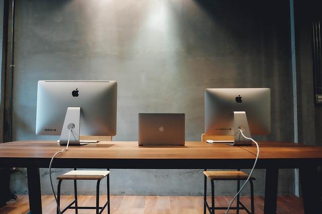 workspace-820315_640