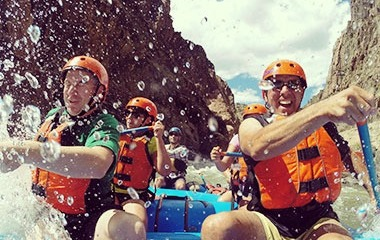 Remember These Important Things While Packing For Your White-Water Rafting Trip