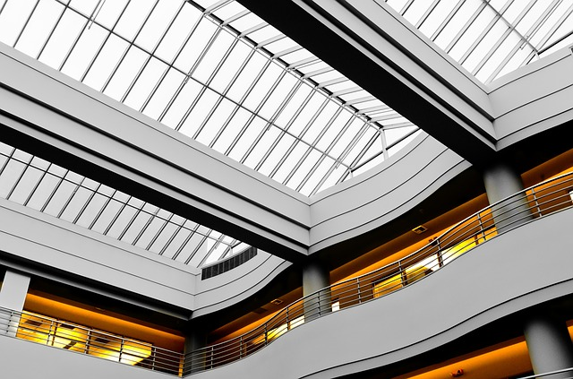 glass-ceiling-1209676_640
