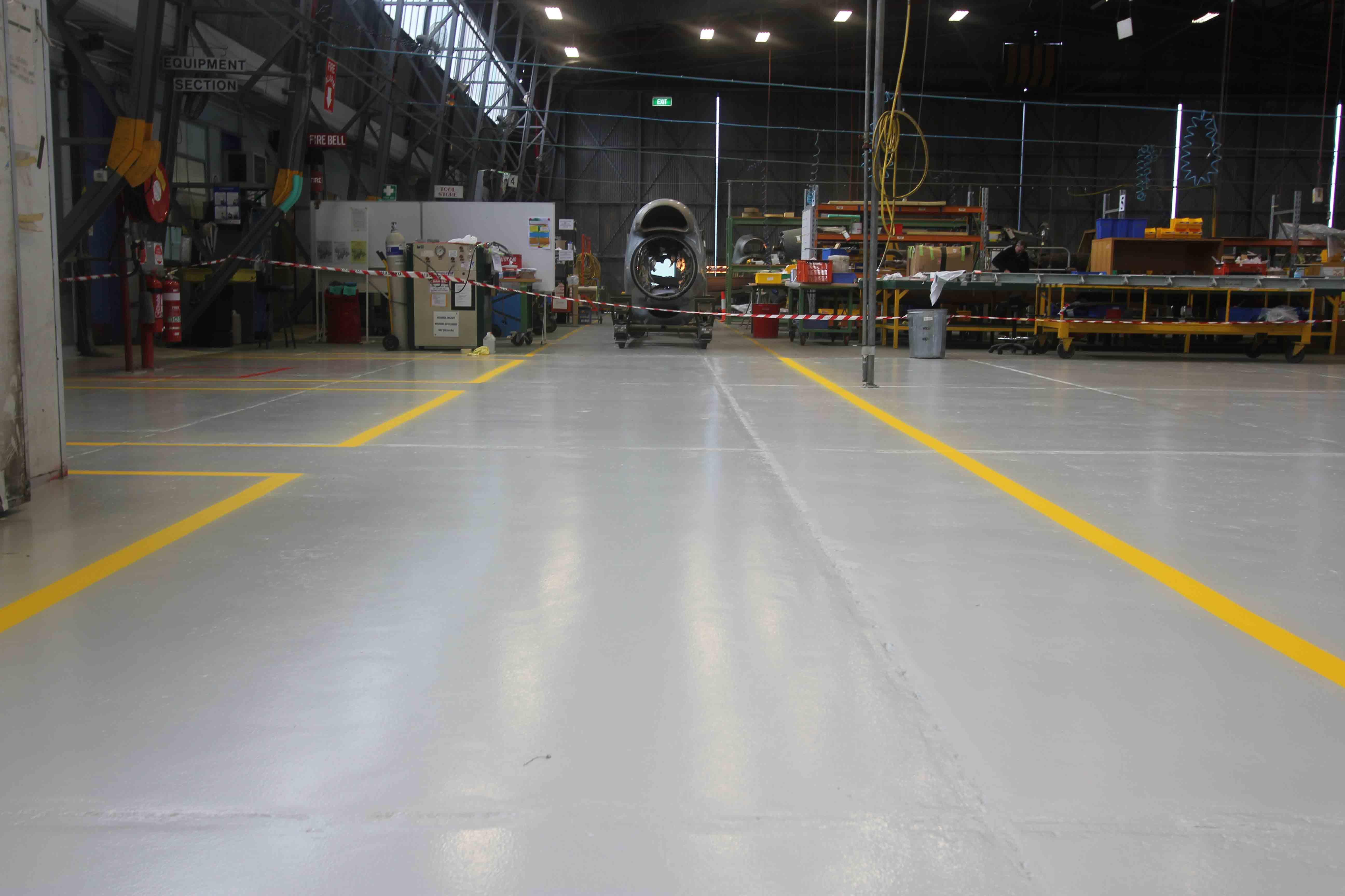 hangar-0611-70