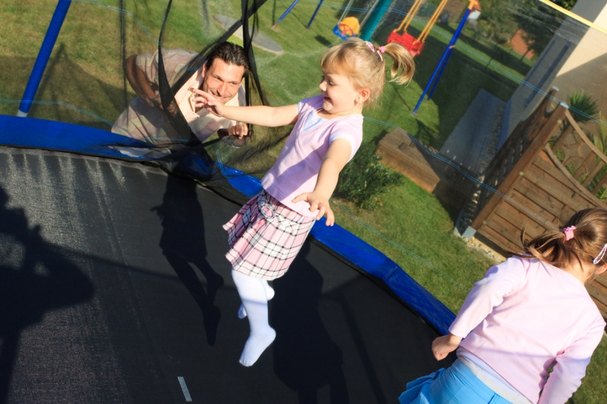 Choosing Trampoline For Family Enjoyment
