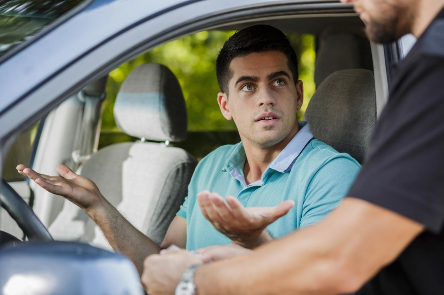 Things You Should Do When You Are Pulled Over