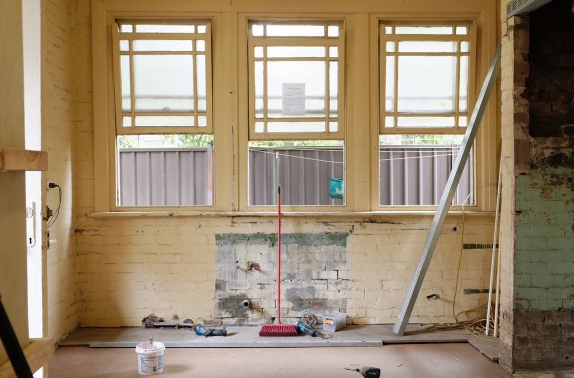How to Save Money on Commercial Renovation Costs
