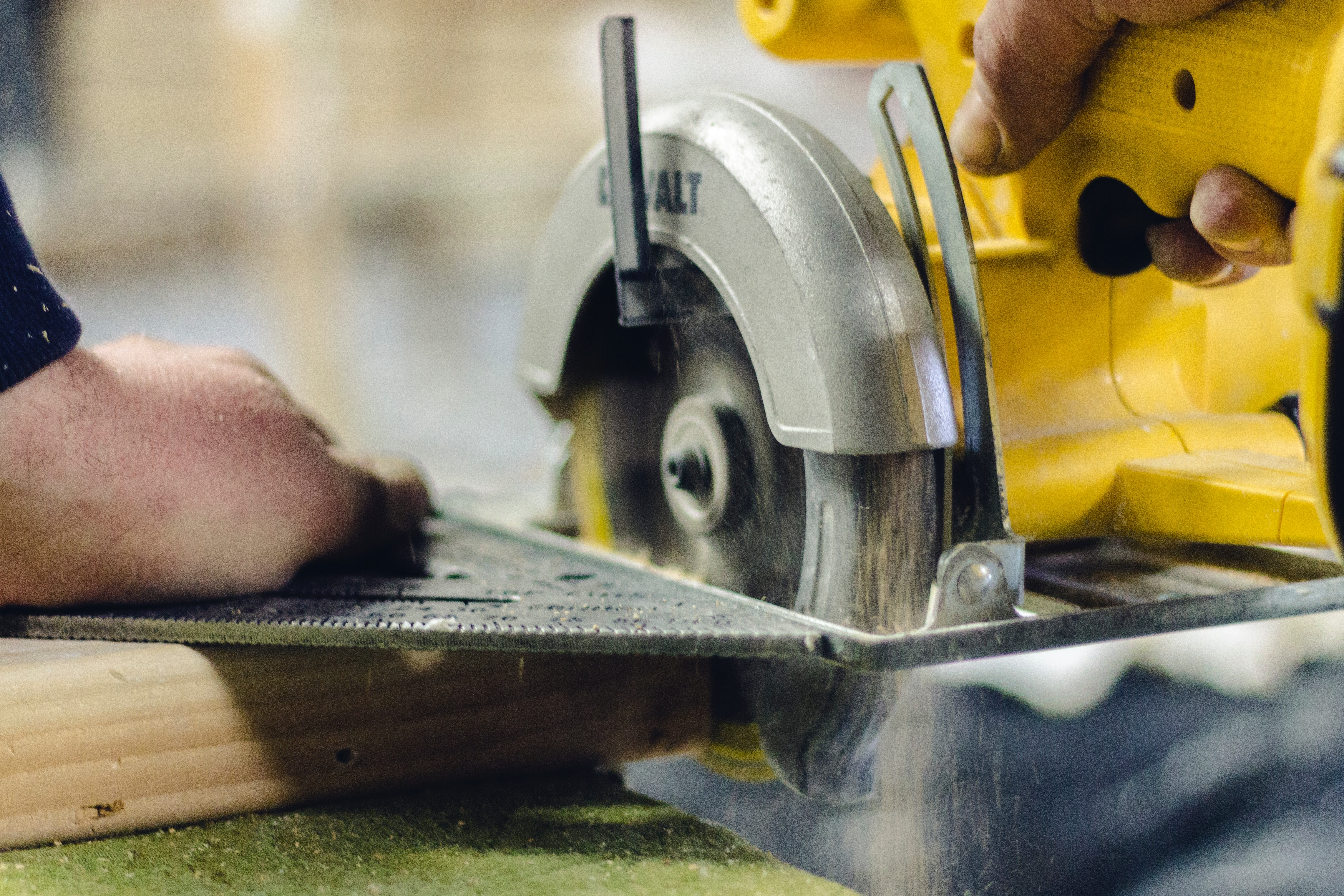 5 Power Tools to Upgrade Your DIY Projects