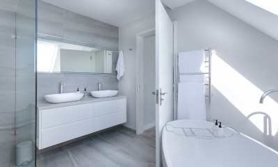 7 Smart Storage Solutions For A Small Bathroom