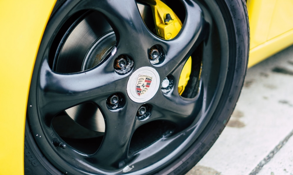 When to Replace Your Car's Tires and How to See The Warning Signs