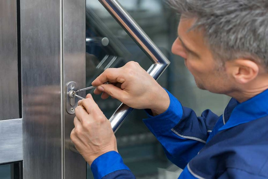 How To Choose The Best Locksmith For The Job